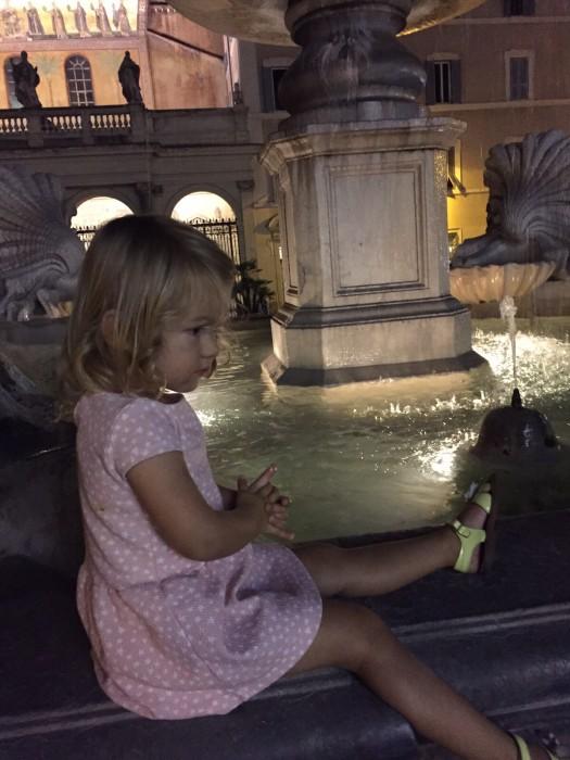 38. mimi vond alle fonteiein zo fascinerend