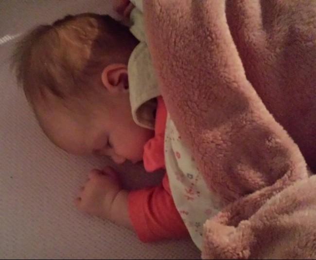 Mijn kind slaapt op de buik  Foei! ⋆ MAMA to the maxMAMA to