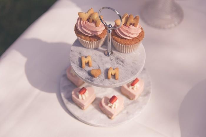 kwarkhartjes zoet taart MAMA to the max verjaardagsfotoshoot