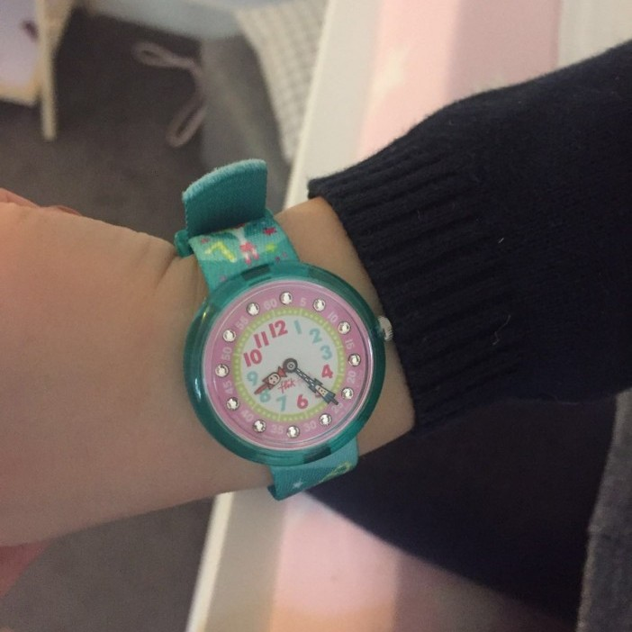 Flikflak, klok, horloge, kind, leren, tijd, blog, MAMA to the max
