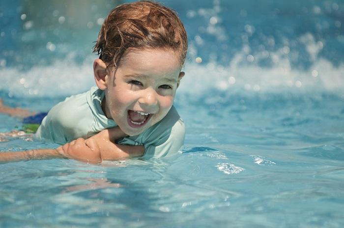 zwemles belangrijk mama to the max