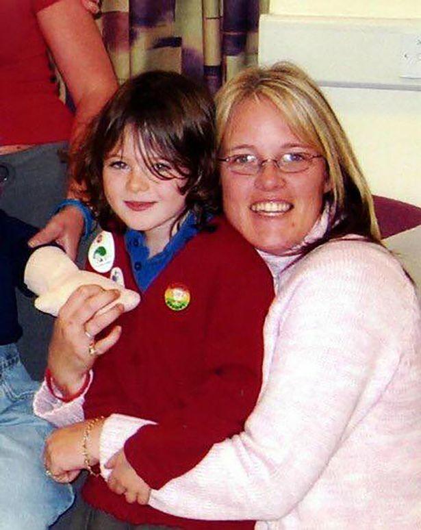 moeder hoort na 10 jaar donorhart hartje kloppen overleden dochter