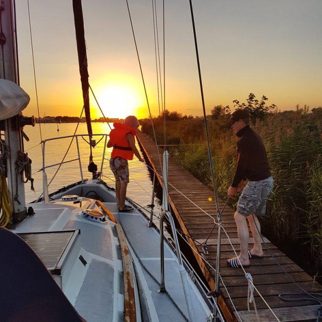 mamatothemax zeilen met kindereb zeilboot Friese meren minibreak mini vakantie