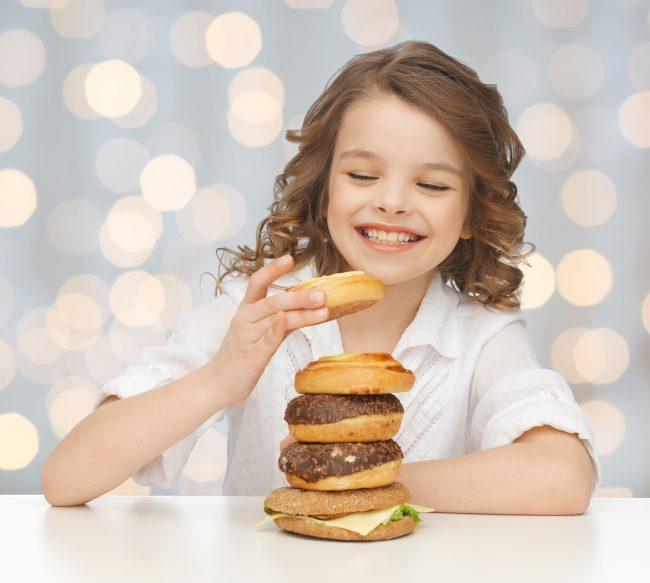 junkfood meisje ongezond eten