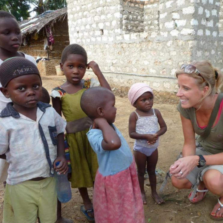 mama to the max tweelingmama stichting doingoood doing good vrijwilligerswerk Afrika Kenia
