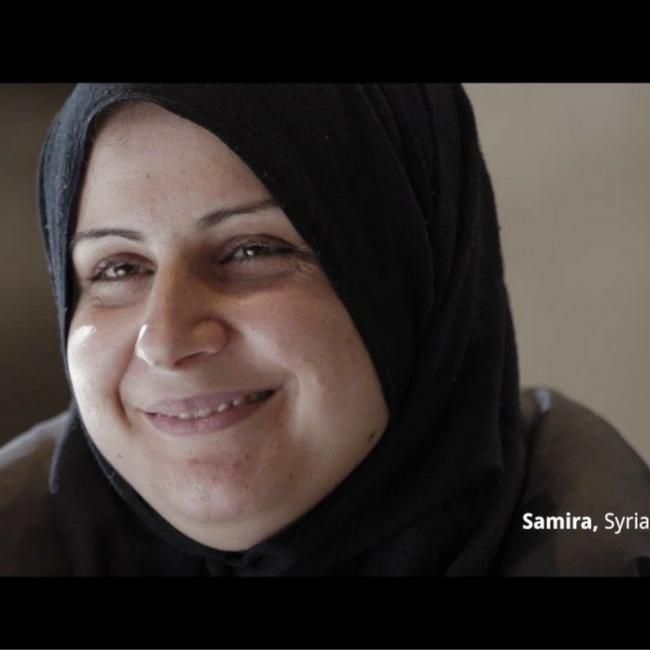 amnesty vluchtelingen ontroerend video mensen aankijken 4 minuten ogen MAMA to the max