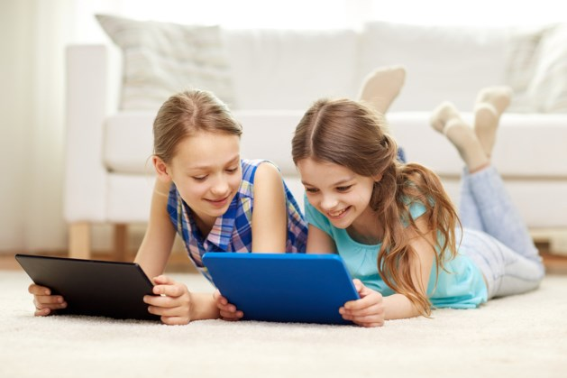 mama to the max tablets kinderen baby goed of slecht wat zeggen experts ipad