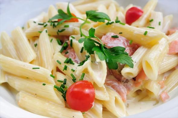 pasta-met-zalm-uit-blik-2-size-3