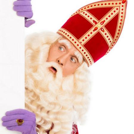 mama to the max kind gelooft weer in Sinterklaas moeder twijfelt schoen zetten gelooft hij nou wel of niet