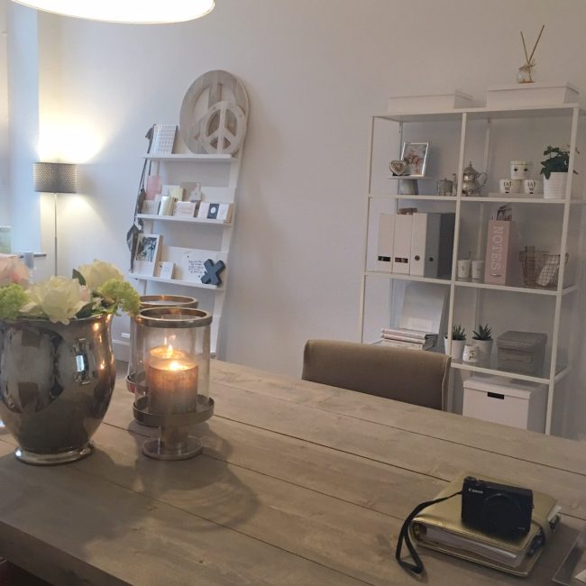 roomtour my office officetour kantoortour kantoor withuishof maastricht werk blogger MAMA to the max