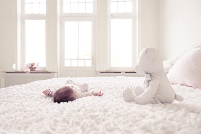 lilou 3 maanden newborn baby geboorte bevalling ontwikkeling karakter slapen flesvoeding borstvoeding MAMA to the max