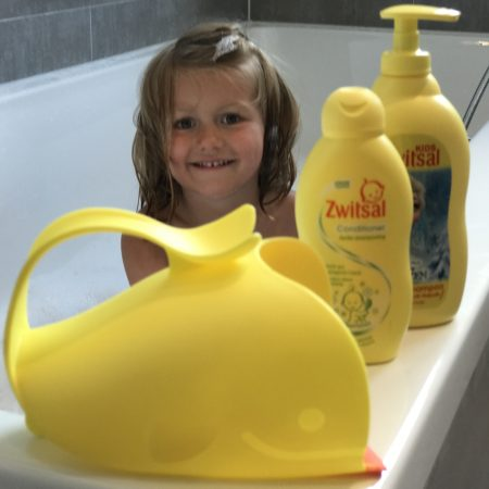 zwitsal haren wassen kind peuter baby waterbakje siliconen hairconditioner MAMA to the max