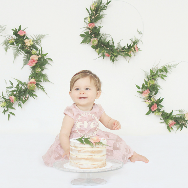 lilou baby 1 jaar verjaardag cakesmash MAMA to the max