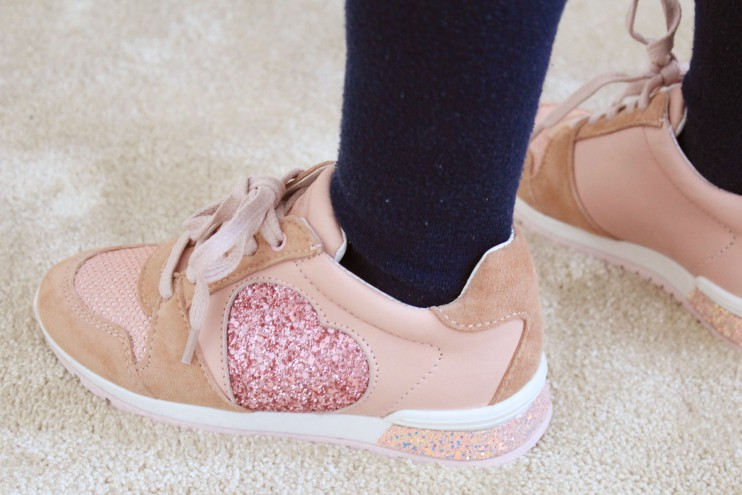 Scapino schoenen aanschaf kinderen dr visser hush puppies