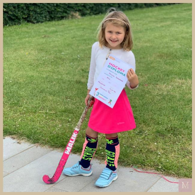 Maxime hockey, kindersporten, mama to the max, ISMe