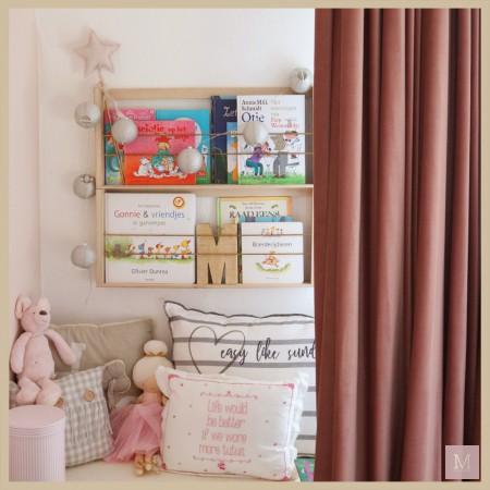 roze meisjeskamer slaapkamer velours gordijnen mamatothemax