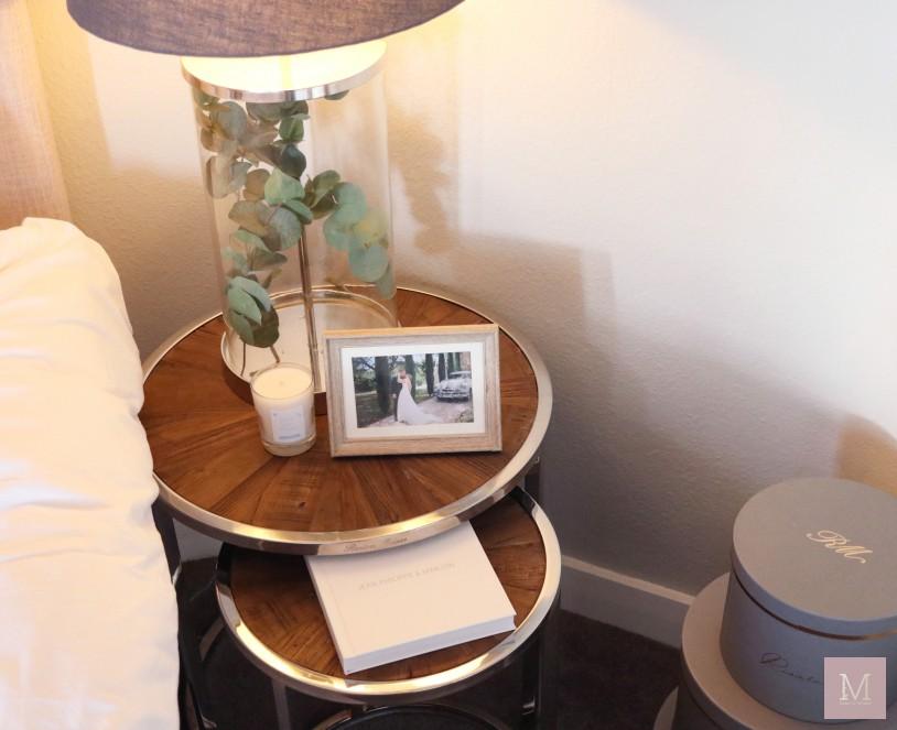 bijzet tafel als nachtkastje hotel look slaapkamer mamatothemax